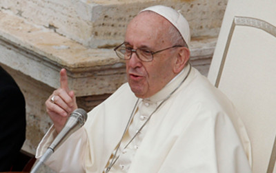 POPE FRANCIS WANTS CATHOLICS TO DARE TO DREAM OF A BETTER WAY OF DOING POLITICS